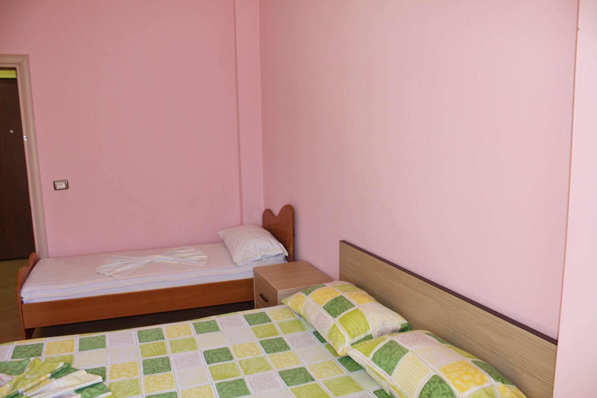 Appartamento mobili di qualit in affitto a vlore albania - Mobili on line di qualita ...