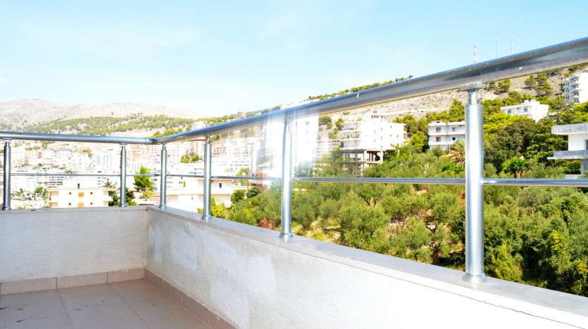 exclusive apartment saranda view