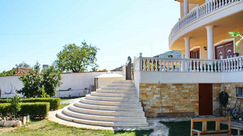 Villa in Albania