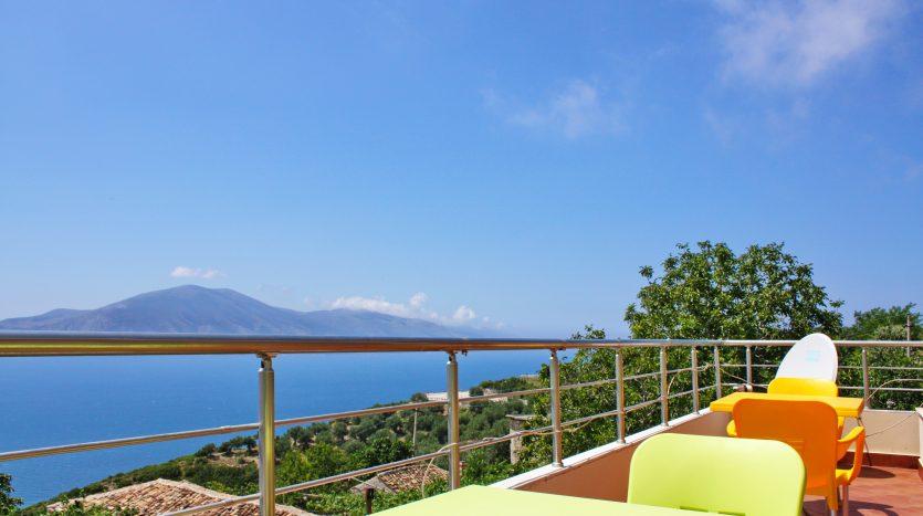 rent vila in Albania
